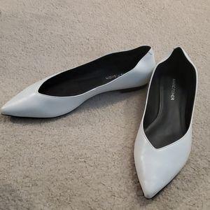 Marc Fisher white pointy toe flat sz 8